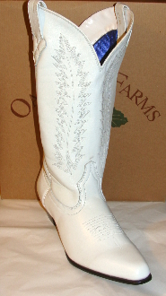 womens white cowboy boots, white cowboy boots, ladies white boots, cowboy boots in white, cowboy boots for women, white fringe cowboy boots, fringe boots