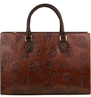 This Womens Brown Leather Scully Leaf Tooled Large Tote bag Handbag Purse has a unique tooling feature with a roomy interior and center zip divider to organize you western style.