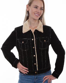 This Scully Womens black Suede Western Jean Jacket with Fur Collar is the traditional jean jacket look but made in a soft suede with faux shearling lining and fur covered collar with pearl snaps and 2 chest pockets