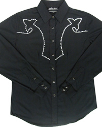 This Ladies Chain Embroidered Black Western Shirt is a beautiful well fitting western shirt. This shirt has detailed chain black and white embroidery with pearl snaps front and on the cuffs
