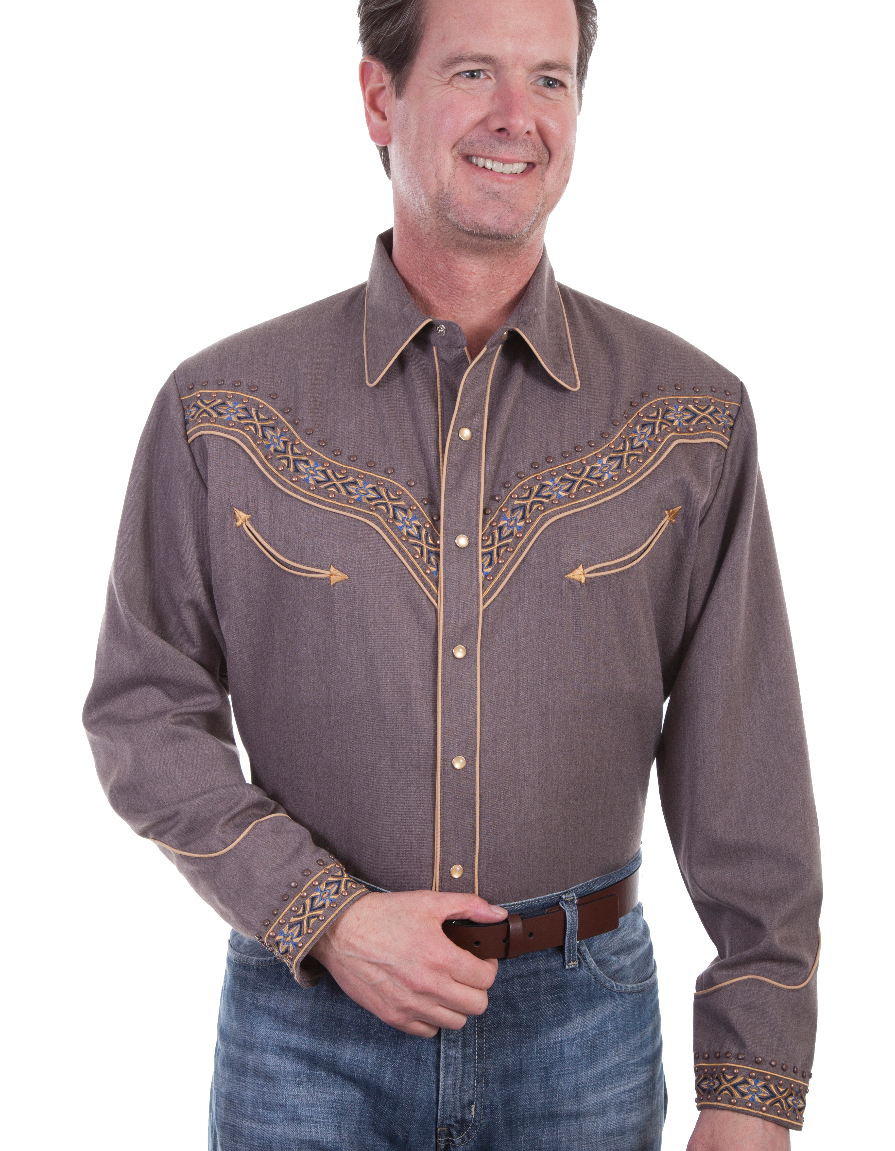 This Scully Men's Heather Brown Studded Retro Western Shirt is embroidered on the front and back yokes with antique brass studs and pearl snaps including smiley pockets and a piped vintage look.