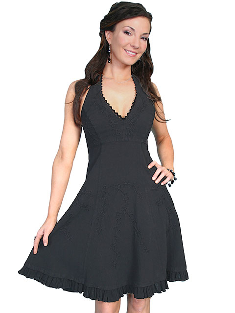 This Scully Womens Peruvian Cotton Western Black Halter Dress is made of peruvian cotton with a floral vine design in knee length with a tie back for a great cowgirl country western dress.
