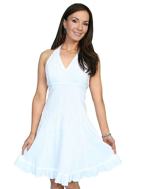 This Scully Womens Peruvian Cotton Country White Halter Dress is made of peruvian cotton with a floral vine design in knee length with a tie back for a great cowgirl country western dress