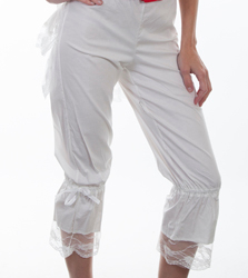 These Scully Womens White Bustle Back Bloomers have a row of lace ruffles at the bottom with an bustle back and elastic waist in the back and string tie in the front. Perfect for any frontier look or womens steampunk clothing.