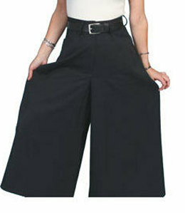"These Scully Womens Black Split Skirt Western Riding Pants make a great pant for riding horses doing cowboy shooting as these riding pants for women drape over for a comfortable rodeo pants for women in a 36"" length."